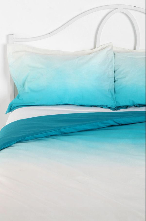 Exciting Ombre Bedding Ideas For Modern Colorful Home Design