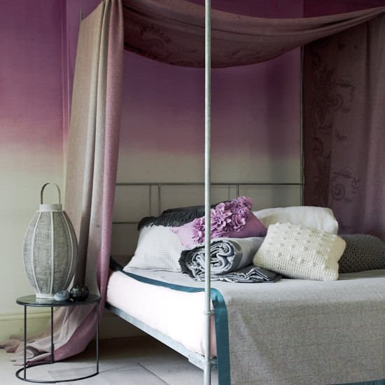 Muted-Damson-and-Grey-Four-poster-bed-Homes-and-Gardens-Housetohome
